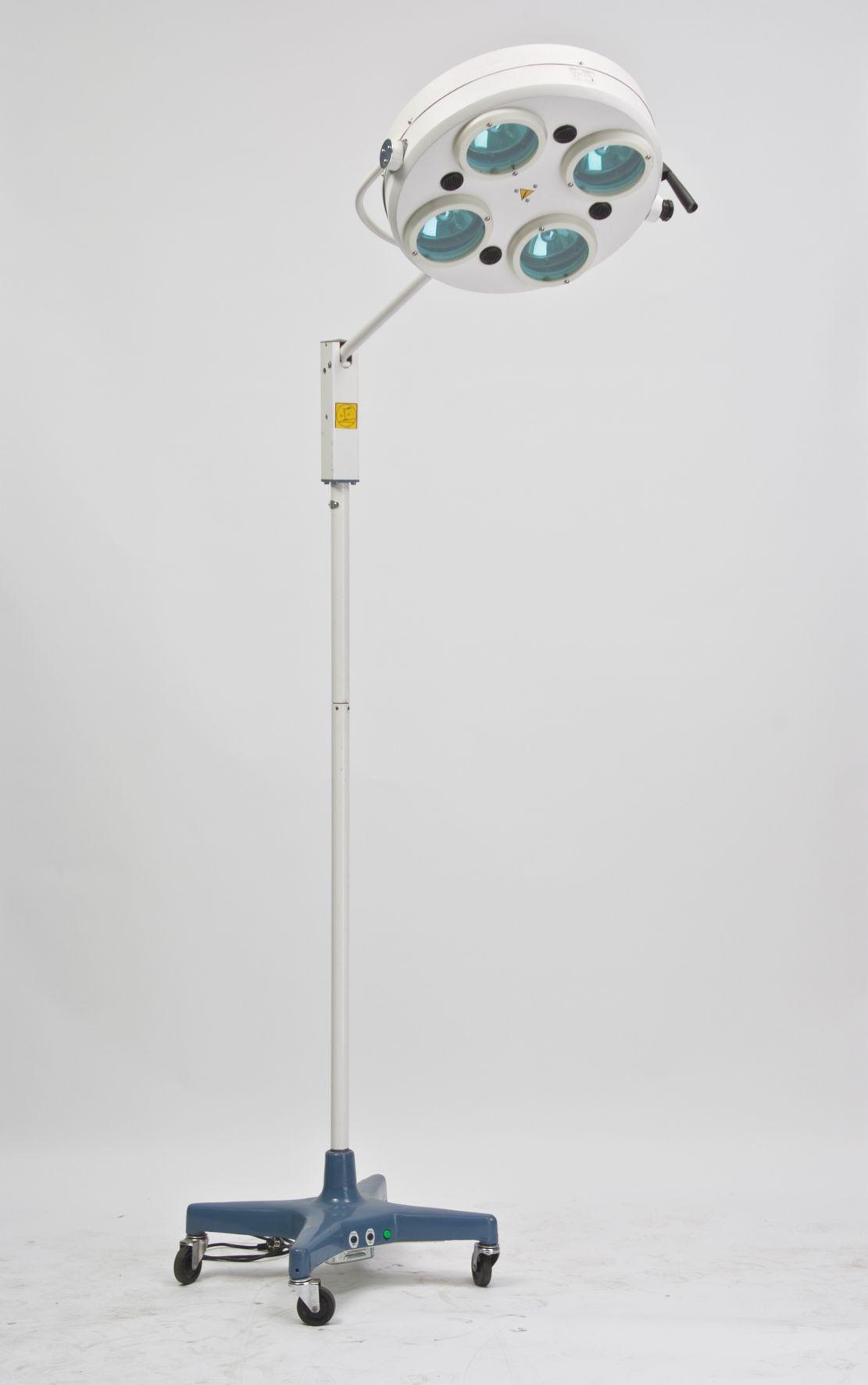 Cветильник хирургический L734